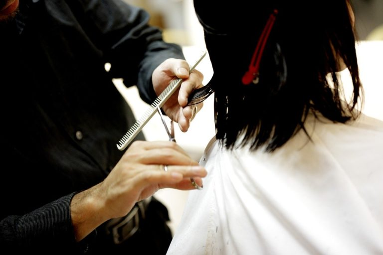 The 6 Best Ways to Prevent Split Ends and Hair Breakage